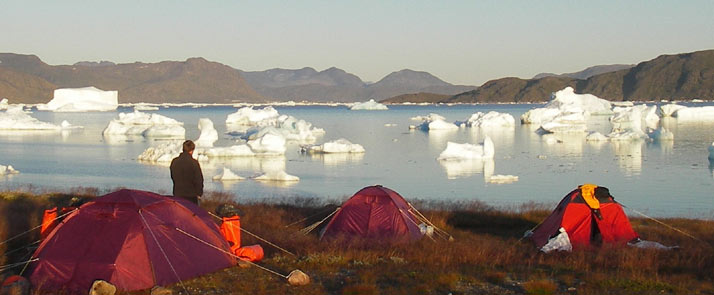 greenland-hiking-kayaking camp