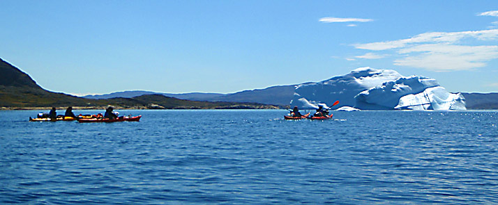 greenland-kayaking-big-iceb
