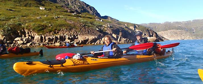 kayak and ice hiking in greenland Qingaarsup
